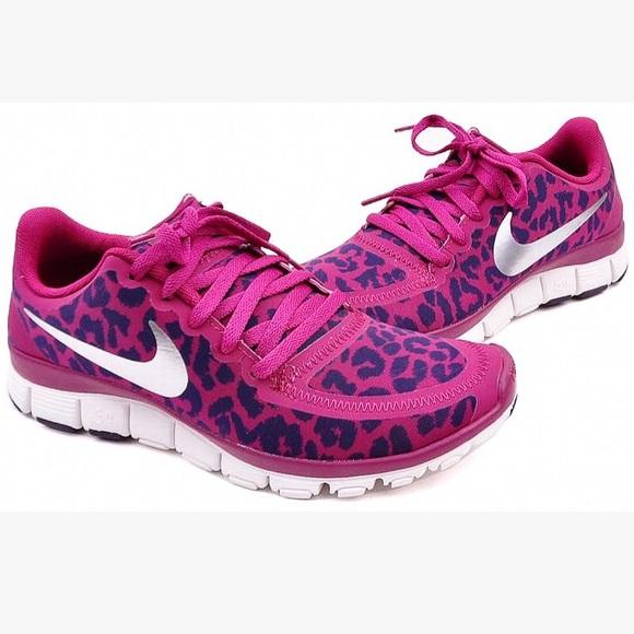 962be48e6641 NIKE Free Purple Cheetah Leopard Print Sneakers. M 5a709c4805f430e336705b68
